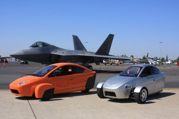 P4 and P3 with the Raptor Capital Airshow